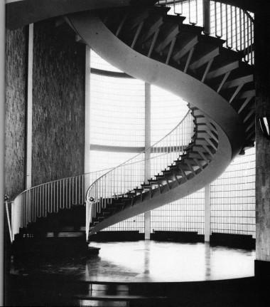 escalier-de-la-CCI.jpg